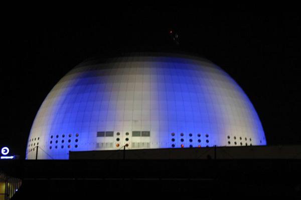 Globen arena facade lighting stockholm lighting ab - Globen lighting ...